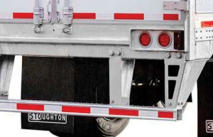 Picture of Stoughton dry van trailer rear view